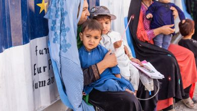 Photo of Afghanistan: Reuniting families on the run should be priority, urges UNHCR
